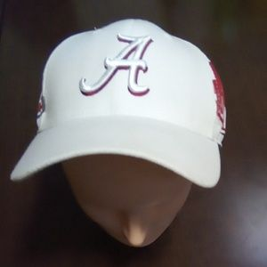 Alabama Roll-Tide college hat